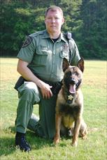 DFC Billy Hurst and K9 Major_thumb.jpg